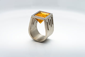 60s Ring | 950 Palladium | Imperial Topas